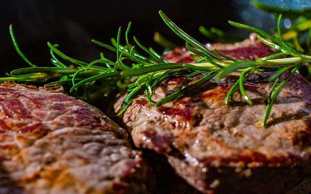 carne más saludable cocinada a la plancha